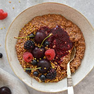 'BLACK FOREST GATEAU' PORRIDGE (GLUTEN FREE, SUGAR FREE, CANDIDA FRIENDLY, VEGAN)